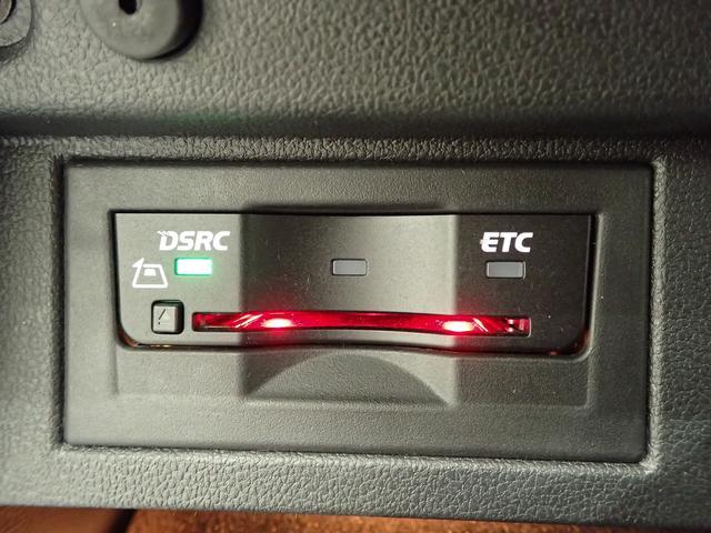 1オーナー 純正ナビ 4Motion 280馬力 ブラックレザーシート シートヒーター LEDテール(17枚目)