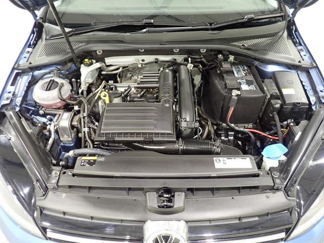 TSIハイラインブルーモーションテクノロジー 認定中古車 キセノンヘッドライト 純正SDナビ スマートキー ETC2,0 ワンオーナー 自動追従機能ACC(19枚目)