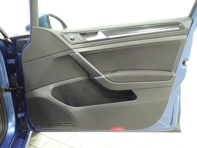 TSIハイラインブルーモーションテクノロジー 認定中古車 キセノンヘッドライト 純正SDナビ スマートキー ETC2,0 ワンオーナー 自動追従機能ACC(32枚目)