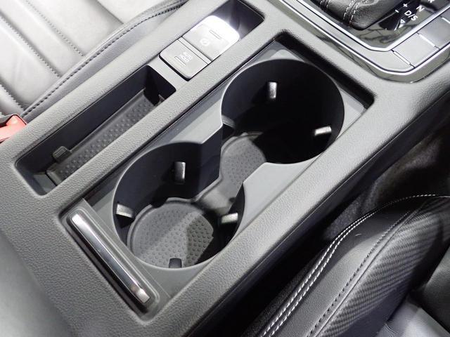TSI Rライン 1オーナー 純正ナビ フルセグ CD/DVD視聴可能 Bluetooth装備 バックカメラ 追従クルーズコントロール 後方死角検知 専用レザーシート シートヒーター LEDヘッドライト(38枚目)