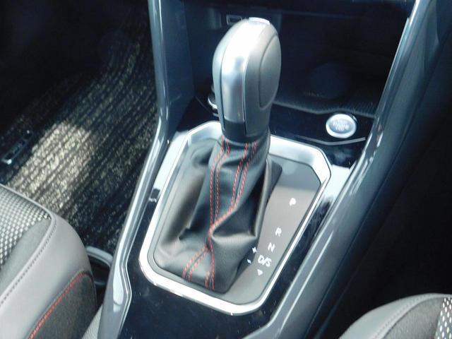 TDI スポーツ 弊社下取り 新車保証継承 白白デザイン デジタルメーター 2020年モデル セーフティー 純正SDナビ バックカメラ ETC(19枚目)