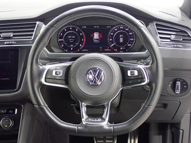 TSI Rライン 認定中古車 ワンオーナー LEDヘッドライト デジタルメーター スマートキー アラウンドビューモニター自動追従機能ACC 純正SDナビ(17枚目)