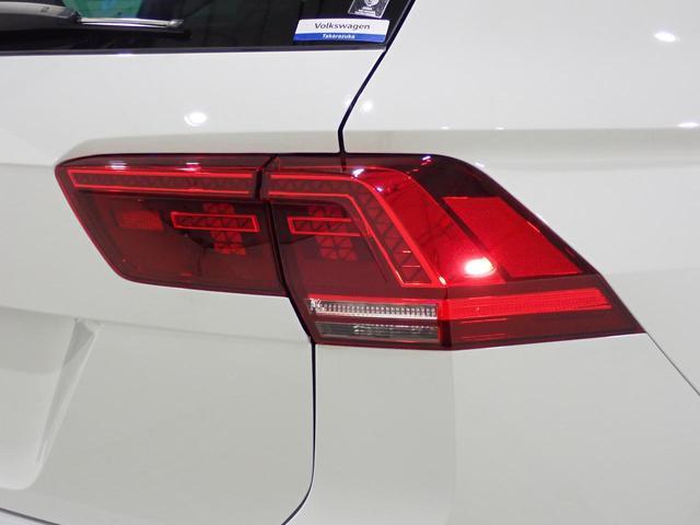TSI Rライン 認定中古車 ワンオーナー LEDヘッドライト デジタルメーター スマートキー アラウンドビューモニター自動追従機能ACC 純正SDナビ(37枚目)