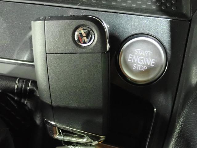 TSI Rライン 認定中古車 ワンオーナー LEDヘッドライト デジタルメーター スマートキー アラウンドビューモニター自動追従機能ACC 純正SDナビ(56枚目)