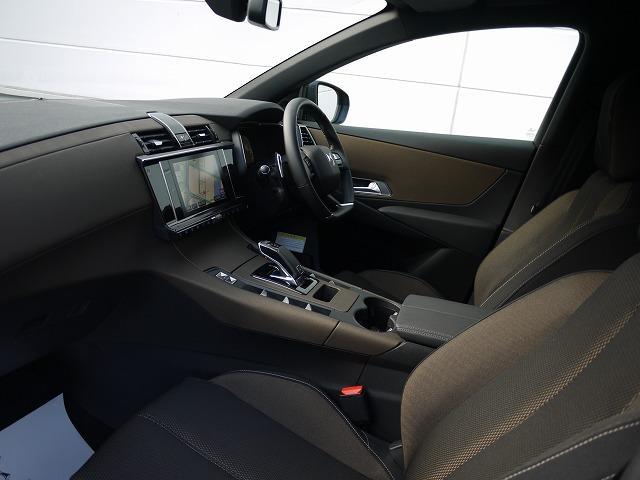 「シトロエン」「シトロエン DS7クロスバック」「SUV・クロカン」「東京都」の中古車16