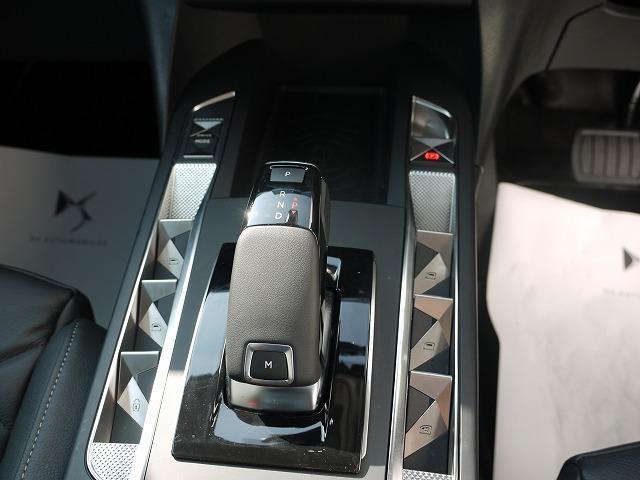 「シトロエン」「シトロエン DS3クロスバック」「SUV・クロカン」「東京都」の中古車13