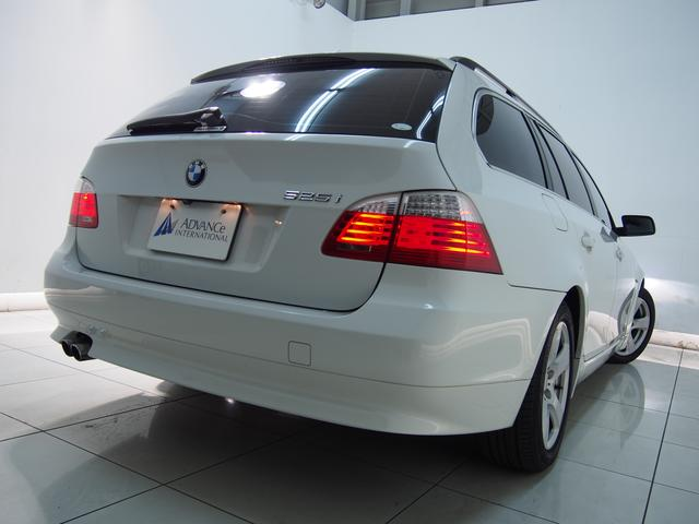 BMW BMW 525iツーリングハイラインLCi電子シフト黒革フルセグ