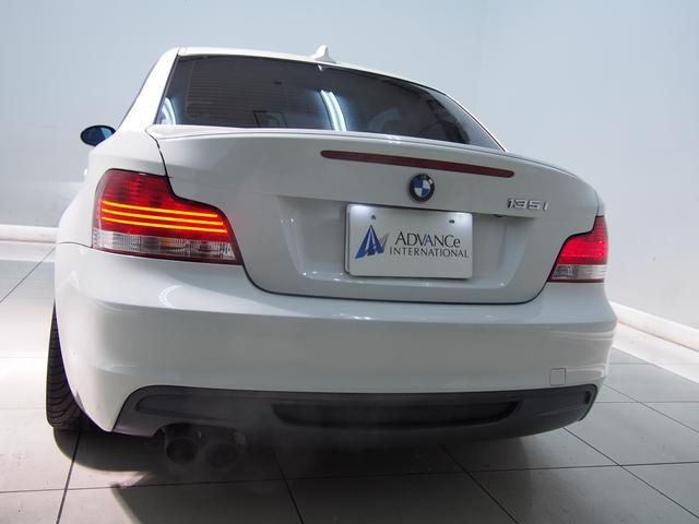 BMW BMW 135i直6ターボ6MTブラック革MスポPKG18AW純ナビ