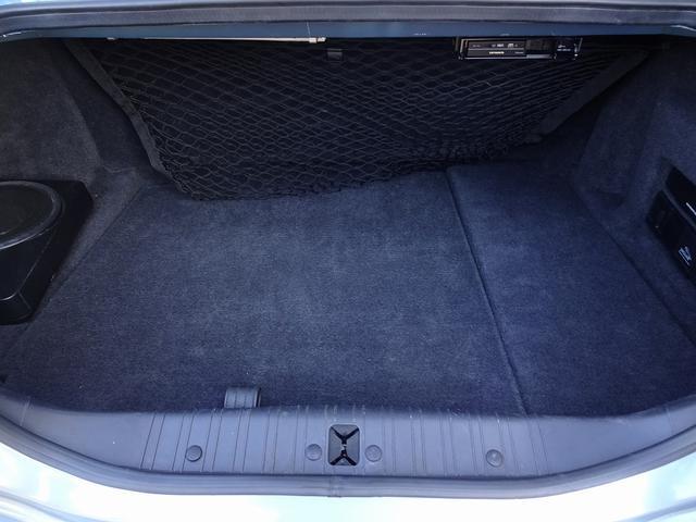 XKR 左ハンドル 04モデル 顧客買取車 ジャガー純正デトロイト20インチ 無償のOPとして純正ヒュドラ18インチ新品タイヤ付きに交換も可能 Rショック交換済 カシミア革 3連メーター化 6速AT(20枚目)