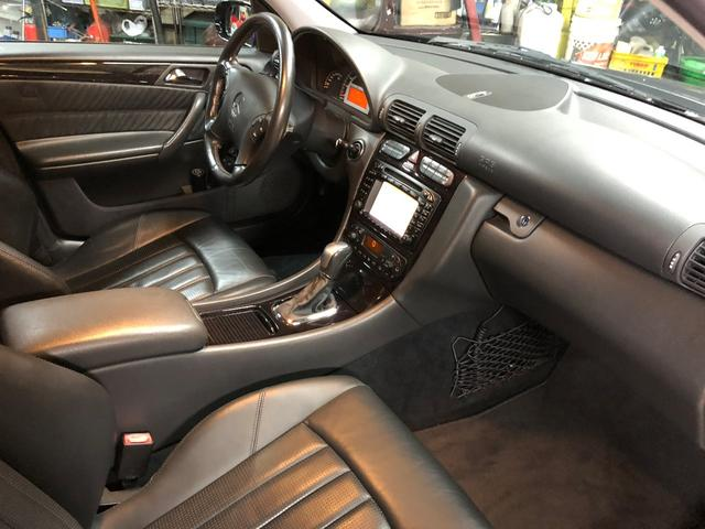 C32 AMG シートヒータ AMGホイールD車 DVDナビ(12枚目)
