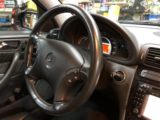C32 AMG シートヒータ AMGホイールD車 DVDナビ(16枚目)