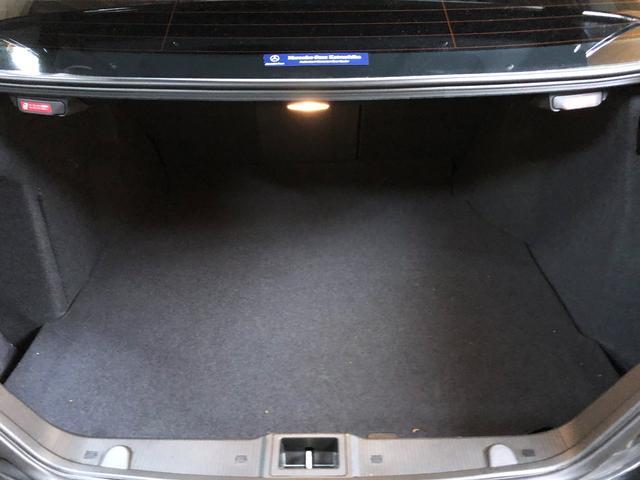 C32 AMG シートヒータ AMGホイールD車 DVDナビ(18枚目)