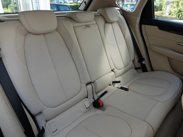 BMW BMW 218dアクティブツアラー ラグジュアリー 2年保証付
