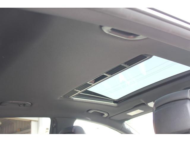 サンルーフも装備しております♪天井も垂れることなく、良好なコンディションです!禁煙車ならではのコンディションでございます。