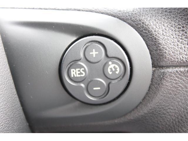 クーパーD クロスオーバー パークレーン ナビゲーションパッケージ  禁煙車 フルセグ バックカメラ 専用18インチAW  スポーツボタン ハーフレザー シートヒーター レインセンサー 特別仕様車(29枚目)