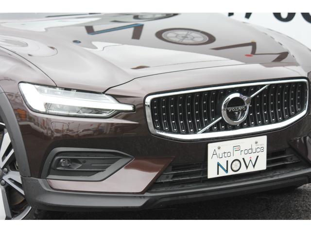 2019年 クロスカントリー T5 AWD プロパノラマルーフ 新車保証継承可 2020モデル harman/kardonプレミアムサウンド 茶革 360度ビューカメラ シートヒーター
