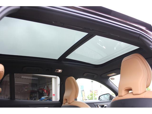 パノラマサンルーフを装備しております♪天井も垂れることなく、良好なコンディションです!禁煙車ならではのコンディションでございます。