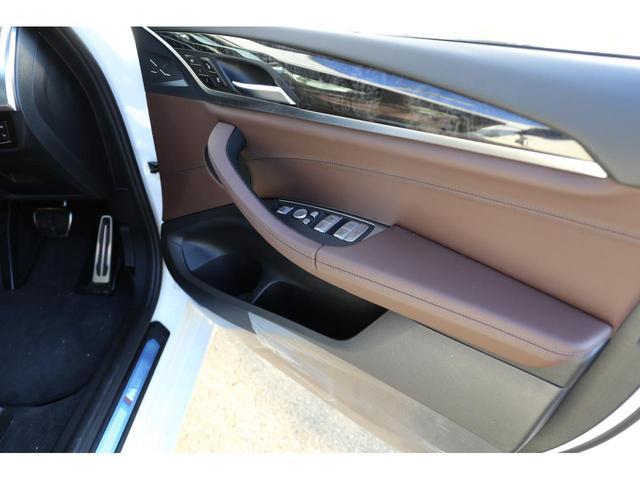BMW BMW X3 xDrive 20i Mスポーツ ハイライン 茶革シート
