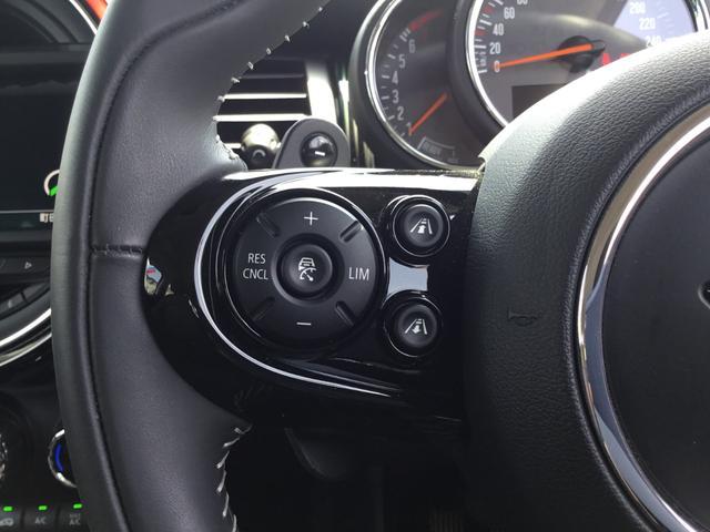クーパーS 60イヤーズエディション 17AW 60周年限定車 前車追従クルコン 茶革スポーツシート LEDヘッドライト コンフォートアクセス シートヒーター バックカメラ 前後センサー パドルシフト インテリジェントセーフティ(13枚目)