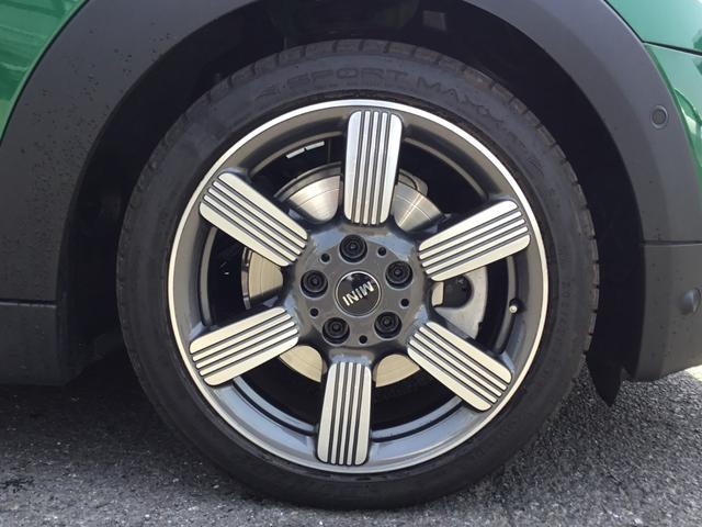 クーパーS 60イヤーズエディション 17AW 60周年限定車 前車追従クルコン 茶革スポーツシート LEDヘッドライト コンフォートアクセス シートヒーター バックカメラ 前後センサー パドルシフト インテリジェントセーフティ(22枚目)