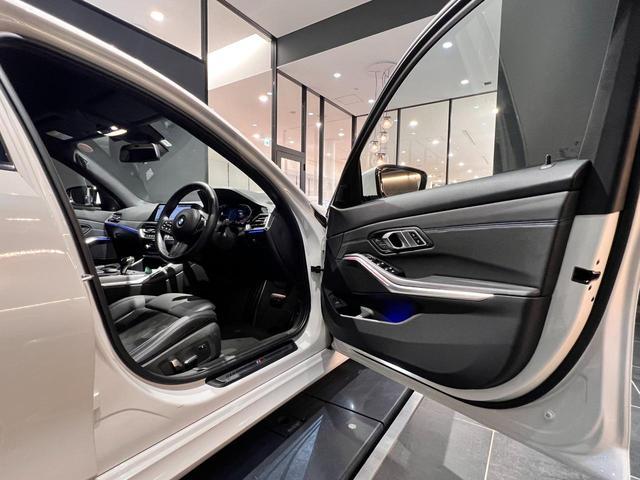 320i Mスポーツ コンフォートパッケージ LEDライト 18インチAW ハーフレザー電動シート シートヒーター 前後センサー バックカメラ オートトランク コンフォートアクセス Bluetooth 前車追従機能(32枚目)