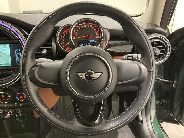 クーパーSD セブン ハーフレザーシート17インチアロイホイールLEDヘッドライトAUX/USBアイドリングストップ音楽ライブラリ後方障害物センサーブルートゥースバックカメラ(25枚目)
