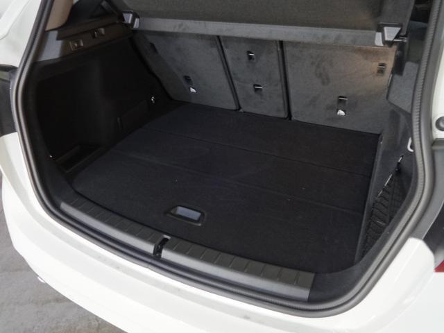 BMW BMW 218iアクティブツアラー社有車・カメラ・センサー・プラスP