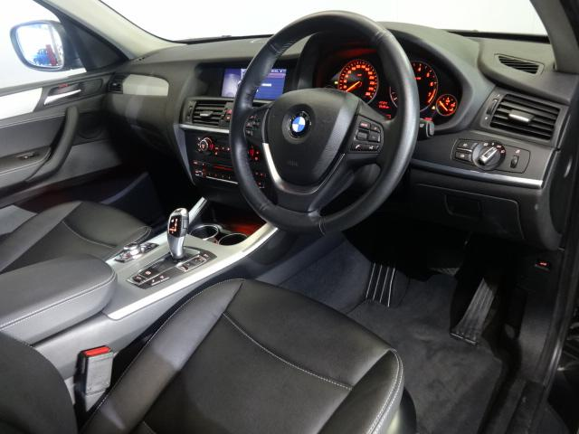 BMW BMW X3 xDrive 35i黒革19AWサンルーフHIFIスピーカー