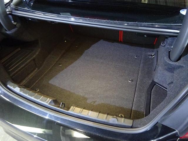 BMW BMW M4クーペ DCTドライブロジック サキールオレンジ革