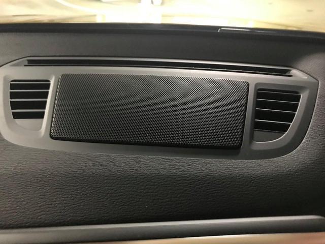xDrive 18d MスポX黒革20AWサンルーフACC(9枚目)