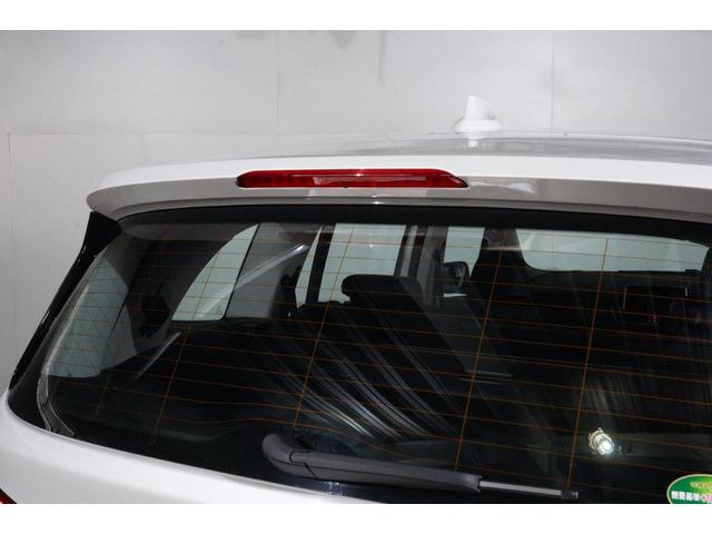 弊社車両はすべて、ご案内前の段階でビー・エム・ダブリュージャパンの基準に則って厳正な車両チェック(第3者機関よる査定)を実施しております。メーター改ざん車や修復歴車は、一切ございません。