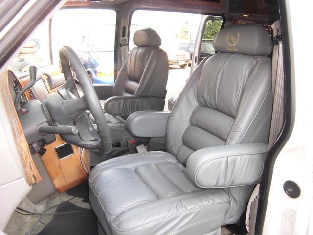 ティアラ 自社買取り車両 1年保証付(5枚目)