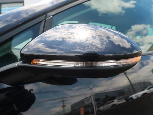 ●ドアミラーウィンカー『視認性の良い位置に設けられたドアミラーウインカー。フェンダー再度に張り出すウインカーはなくなる為外観もすっきりした印象になります。』