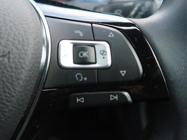 ●マルチファンクションステアリング『ステアリングにはオーディオなどのスイッチが付いておりますので、お手元で操作が可能です!』