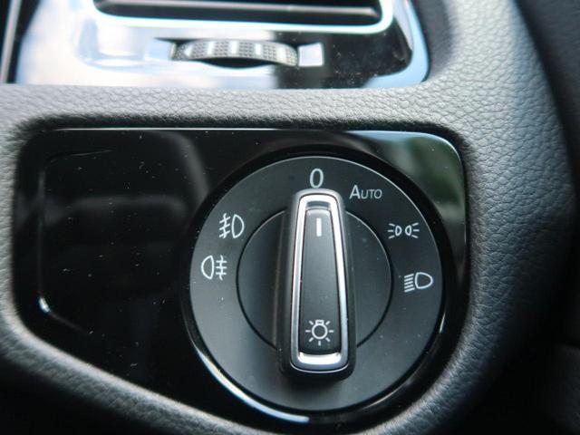 ●オートライト『暗くなったら自動でライトをオン。手間が無く人気の装備です。』