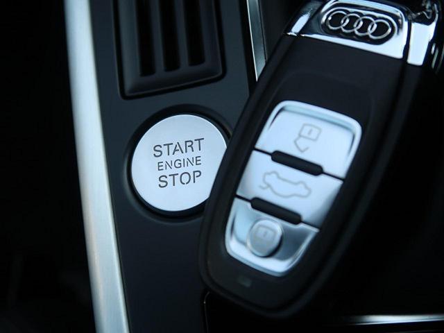 ●アドバンスドキー(スマートエントリーシステム)『キーを所持しているだけで開錠・施錠からエンジンスタートまで操作可能!』
