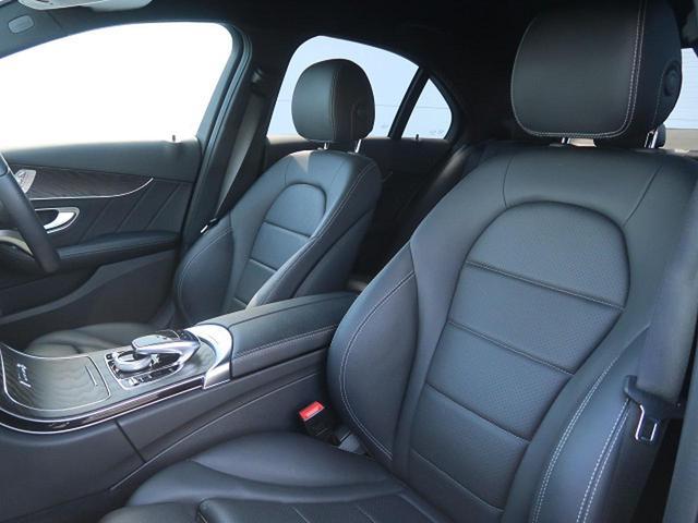 ●ブラックレザーシート●メモリ機能付パワーシート(運転席)●前席シートヒーター『シート状態も擦れやへたりなどもなく良好な状態を維持しております。』