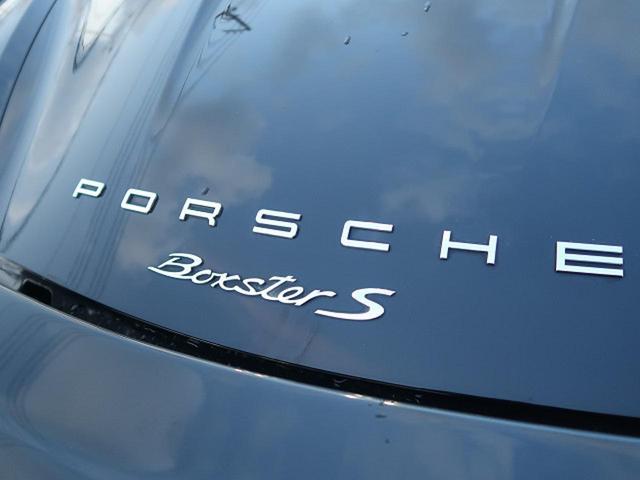 『PDK仕様車では巡航時にクラッチを断絶して空走する「コースティング」機能を採用するなど、低燃費技術も積極的に採用しています。』
