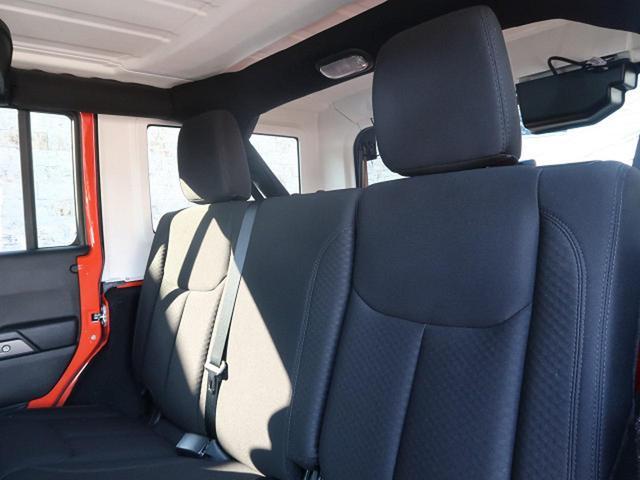 「その他」「クライスラージープ ラングラーアンリミテッド」「SUV・クロカン」「千葉県」の中古車16