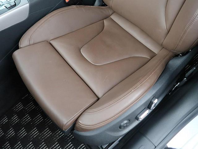 ●パークトロニック・センサー『車輌の前後バンパーに装着されたセンサーが障害物を検知し、即座にドライバーへ音とディスプレイ上で知らせる便利な機能です』