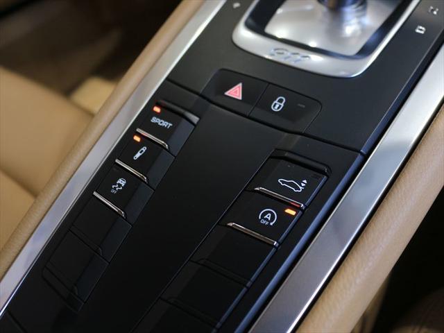 911カレラ PDK 2017年モデル 認定中古車保証付(14枚目)