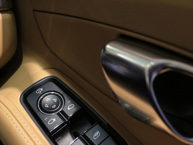 911カレラ PDK 2017年モデル 認定中古車保証付(16枚目)