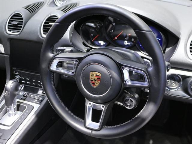 718ボクスター 2017年モデル 右H ポルシェ認定中古車保証 19インチボクスターSホイール スポーツクロノパッケージ GTスポーツステアリング シートヒーター 前後パークセンサー+バックカメラ オートエアコン(9枚目)