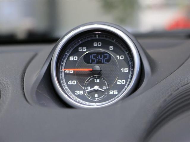 718ボクスター 2017年モデル 右H ポルシェ認定中古車保証 19インチボクスターSホイール スポーツクロノパッケージ GTスポーツステアリング シートヒーター 前後パークセンサー+バックカメラ オートエアコン(11枚目)