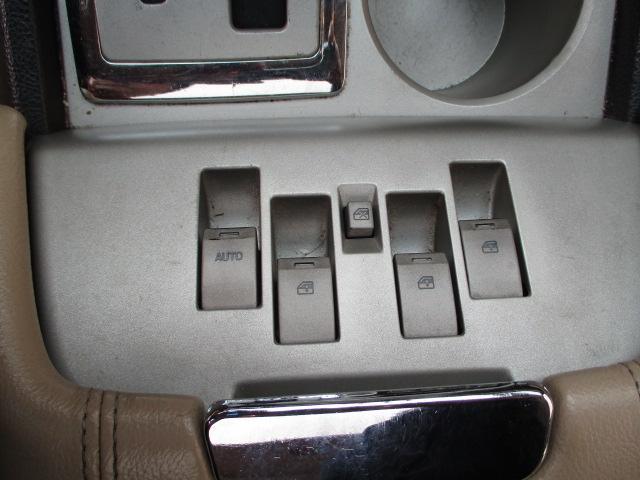 アルティメイト4WD1ナンバーHDDナビBカメラ バネサス車(18枚目)
