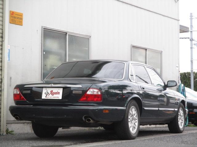 XJ エグゼクティブ本革シート地デジSDナビ53000キロ(11枚目)