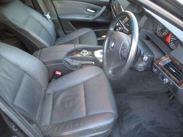 525iハイラインパッケージ 後期 サンルーフ 黒革 HDDナビ CD スマートキーレス クルーズコントロール ETC シートヒーター パワーシート HID 17AW(16枚目)