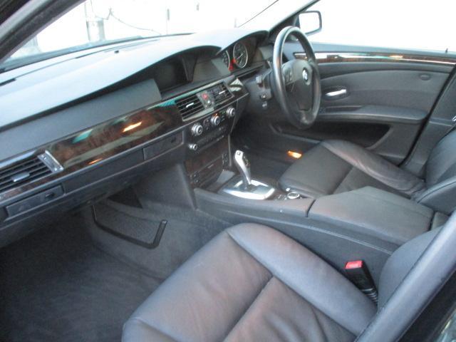 525iハイラインパッケージ 後期 サンルーフ 黒革 HDDナビ CD スマートキーレス クルーズコントロール ETC シートヒーター パワーシート HID 17AW(18枚目)