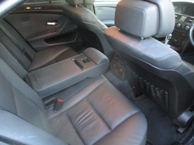 525iハイラインパッケージ 後期 サンルーフ 黒革 HDDナビ CD スマートキーレス クルーズコントロール ETC シートヒーター パワーシート HID 17AW(27枚目)