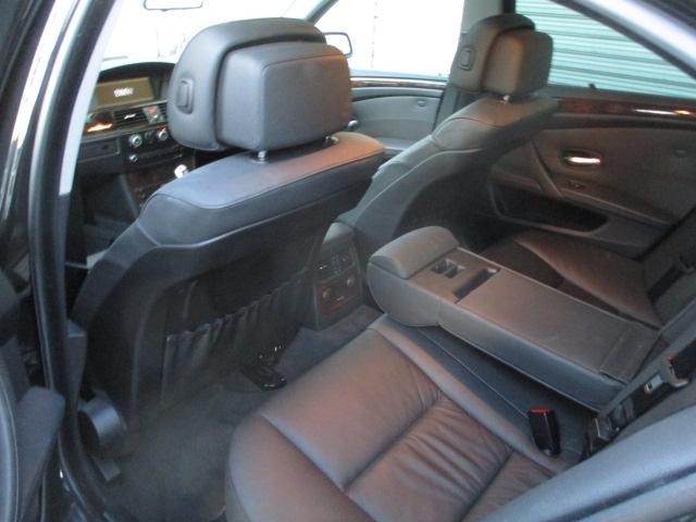 525iハイラインパッケージ 後期 サンルーフ 黒革 HDDナビ CD スマートキーレス クルーズコントロール ETC シートヒーター パワーシート HID 17AW(30枚目)